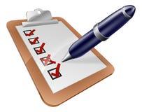Ручка доски сзажимом для бумаги и шаржа обзора Стоковое Фото