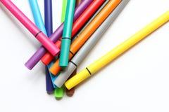 Ручка цвета Куча при ручки цвета изолированные на белой предпосылке Текстура предпосылки цвета, деятельность при войлок-ручки Пот стоковая фотография
