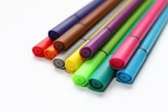 Ручка цвета Куча при ручки цвета изолированные на белой предпосылке Текстура предпосылки цвета, деятельность при войлок-ручки Пот стоковые фото