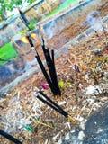 Ручки амулета с огнем стоковые фото