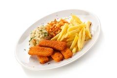 Ручки рыб с фраями француза и vegetable салатом стоковое изображение rf