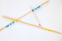 Ручки Mikado разбросали на белую предпосылку - 9 стоковая фотография
