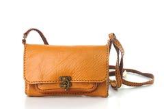 Ручной работы кожаные сумки плеча изолированные на белой предпосылке Стоковое Изображение RF