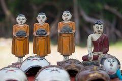 Ручной работы сувениры на счетчике рынка Озеро Inle myanmar Стоковые Фото