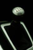 ручной сдвигатель шестерни автомобиля trasmission 6-speed стоковое изображение