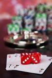 Рулетка казино и обломоки играть Стоковое Изображение RF