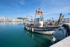 Рыбацкая лодка в гавани Стоковое фото RF