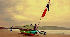 Рыбацкая лодка Pangandaran традиционная Стоковая Фотография RF