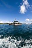 Рыбацкая лодка на море Стоковые Фото