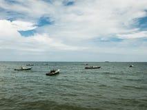 Рыбацкие лодки подпирают от моря Стоковые Фото