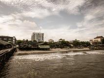 Рыбацкие лодки подпирают от моря стоковая фотография rf