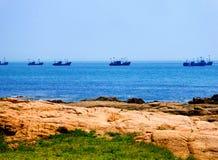 Рыбацкие лодки Qingdao стоковое фото rf