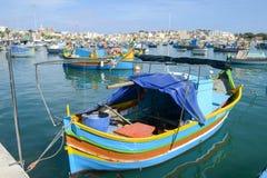 Рыбацкий поселок Marsaxlokk на острове Мальты Стоковые Изображения RF