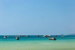 Рыбацкий поселок на воде Phu Quoc, Вьетнаме стоковое фото