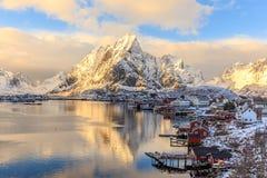 Рыбацкий поселок Reine стоковая фотография