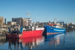 2 рыбацкой лодки в гавани Стоковое Фото