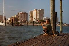 Рыбная ловля человека Стоковые Изображения RF