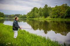 Рыбная ловля человека Стоковое Фото