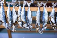 Рыбный базар с высушенный посоленный в Стамбуле, Турции Стоковое Изображение RF