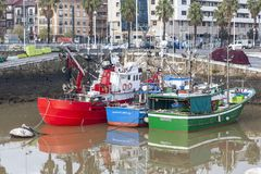 Рыбный порт Santurtzi, Баскония, Испании стоковые фотографии rf