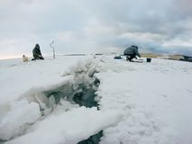 Рыболовы на льде Стоковые Фотографии RF