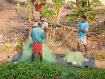 Рыболовы Alleppey, Керала, Индия Стоковое фото RF
