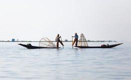 Рыболов озера в действии, Мьянмы Inle Стоковые Изображения RF