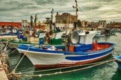 Рыбопромысловый флот внутри стоковые изображения rf