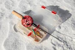 Рыболовная удочка и прикорм льда Стоковые Изображения RF