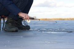 Рыболовство зимы Стоковое Изображение