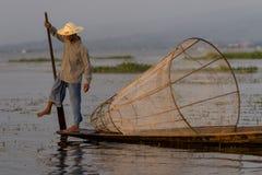 Рыболов на озере Inle в Мьянме Стоковая Фотография