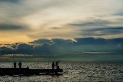 Рыболов на тайском море Стоковая Фотография