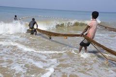 Рыболов пляжа Sri Lankan Стоковые Изображения RF