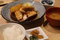 Рыбы в комплекте соевого соуса Стоковые Изображения RF