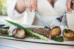 Рыбы и картошка Стоковое Фото