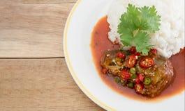 Рыбы сардин в томатном соусе Стоковое Фото
