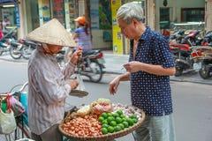 Рынок Вьетнама в улице Стоковые Изображения