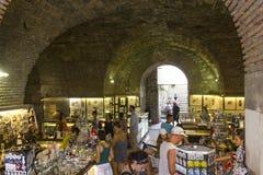 Рынок в подземно-минном дворца Diocletian в разделении стоковое изображение rf