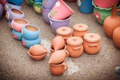 Рынок, глиняные горшки стоковое фото rf