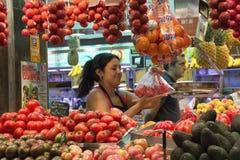Рынок еды St Иосиф - Барселона - Испания. Стоковые Фото