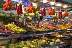 Рынок еды St Иосиф - Барселона - Испания. Стоковые Изображения