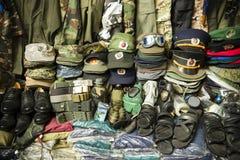 Рынок излишков военных материалов Хошимин Cho Дэн Sinh Вьетнам Стоковые Изображения RF