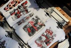 Рынок Лондона с футболками Стоковая Фотография RF