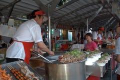 Рынок ночи Donghuamen, Пекин, Китай Стоковые Изображения