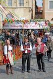 Рынок пасхи в Праге, чехии стоковое изображение rf