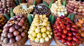 рынок плодоовощ корзин Стоковое Изображение RF