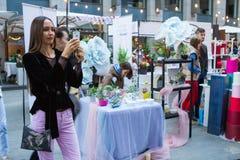 Рынок цветка Киева - первый цветок города справедливый в Киеве, Украине 18-ое сентября 2016 Стоковая Фотография