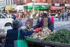 Рынок Чайна-тауна глохнет в Нью-Йорке стоковое фото rf