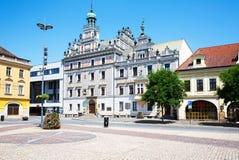 Рынок Kolin, взгляд здание муниципалитета Стоковое фото RF