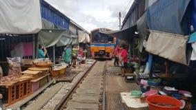Рынок Maeklong стоковые фотографии rf